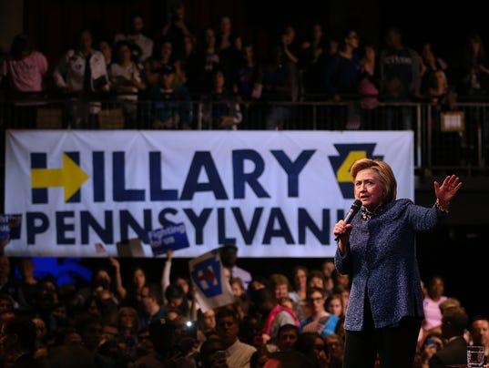 Clinton looks past Sanders as Democratic race heads to Pennsylvania