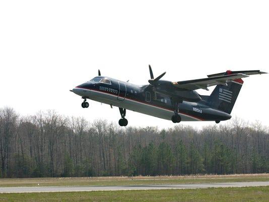 -JG-USAirways61.jpg_20020621.jpg
