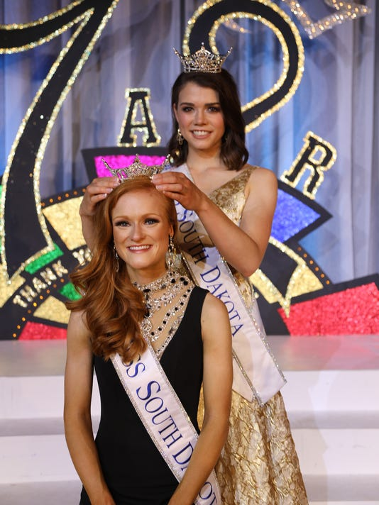 Miss South Dakota crowned