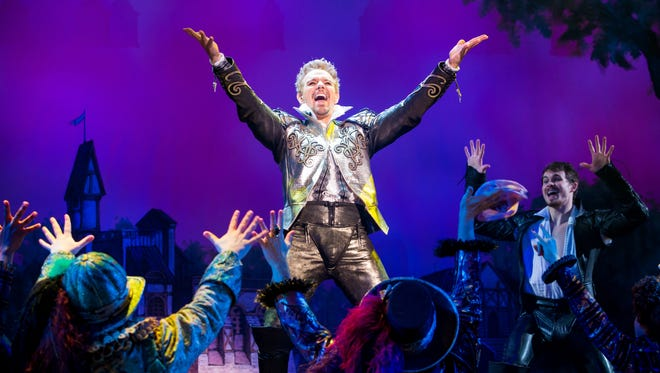 """Adam Pascal as a glam-rock William Shakespeare in the national tour of """"Something Rotten!"""""""