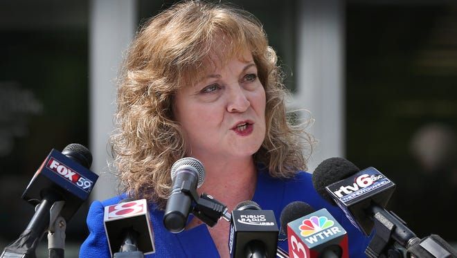 "Glenda Ritz, Indiana's superintendent of public instruction, said ""I am the best candidate"" to defeat Republican Indiana Gov. Mike Pence, as she made the official announcement on Thursday, June 4, 2015, that she is joining race for governor in a news conference outside the Career Center at Ben Davis High School in Indianapolis. After her announcement and a bevy of questions from the news media, Ritz and husband, Gary Ritz, headed to Terre Haute, with two other Indiana stops scheduled for today and three more on Friday."
