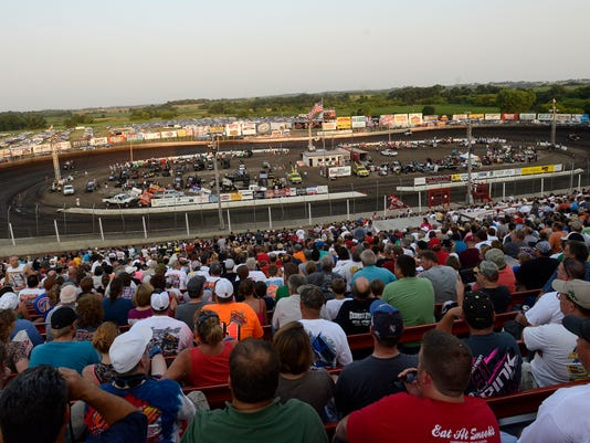 husets world of outlaws