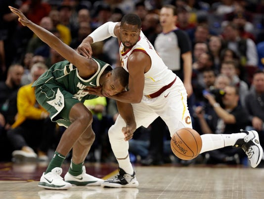 Dwyane Wade, Khris Middleton
