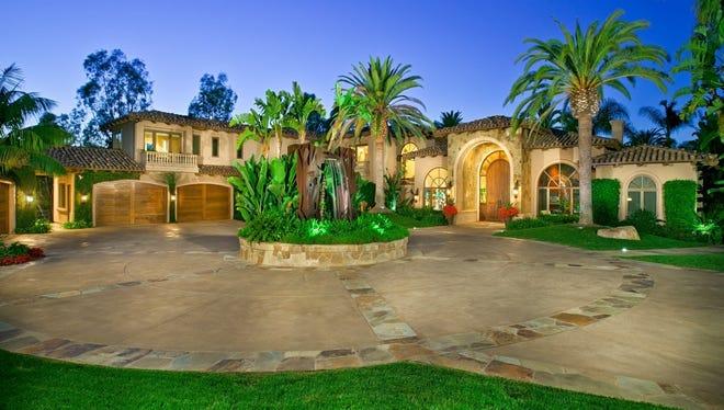 Suns owner Robert Sarver's former home is for sale in Rancho Santa Fe, Calif.