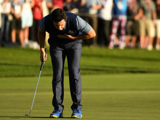2016-9-30-rory-mcilroy-bow