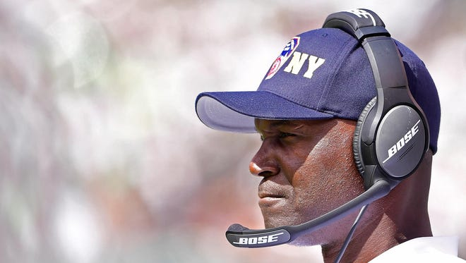 Jets head coach Todd Bowles looks on during Sunday's home game against the Cincinnati Bengals. The Jets lost that game, 23-22