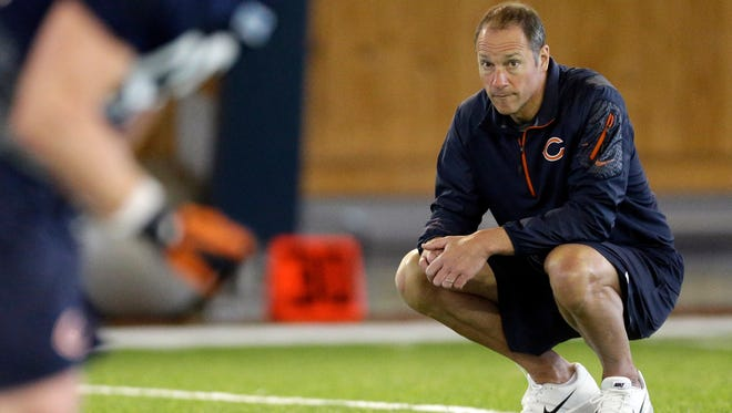 Aaron Kromer pictured with the Bears during 2014 rookie camp.