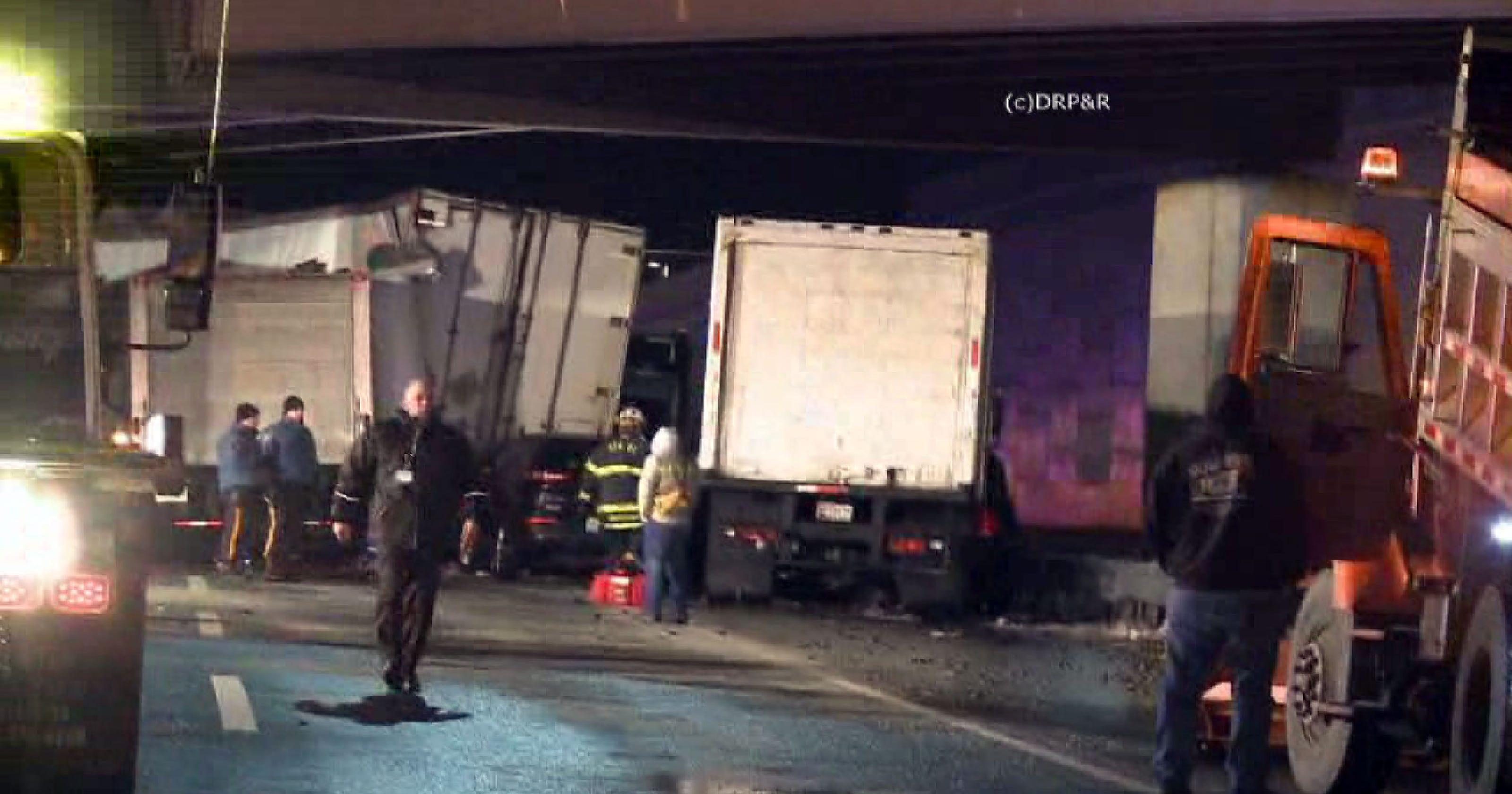 Multi Vehicle Crash On New Jersey Turnpike Leaves At Least