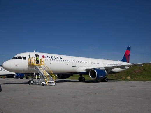 ddaef68d376c Delta Air Lines  first Airbus A321 narrow-body airplane