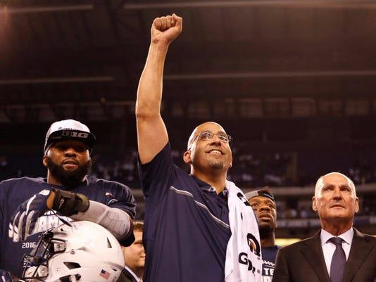USP NCAA FOOTBALL: BIG TEN CHAMPIONSHIP-WISCONSIN S FBC USA IN