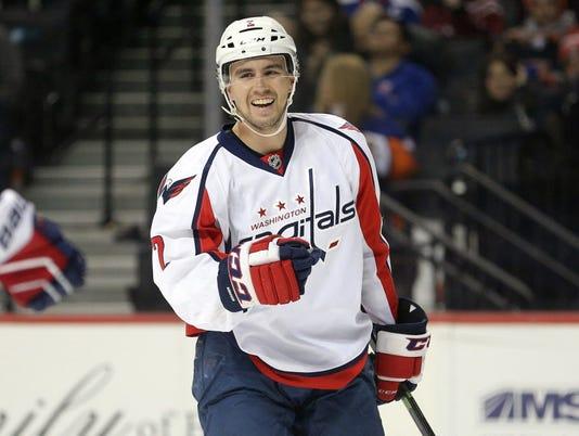 USP NHL: WASHINGTON CAPITALS AT NEW YORK ISLANDERS S HKN USA NY