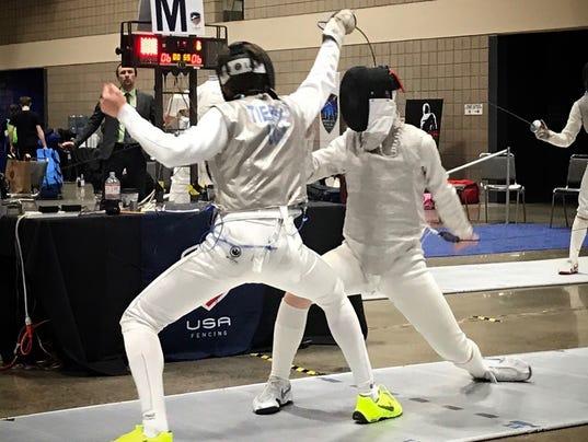 Citizen 0805 fencing 1