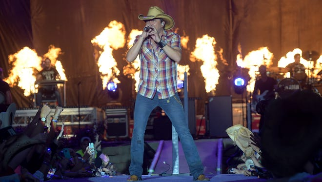 Jason Aldean headlines Country Thunder USA on July 27 in Twin Lakes, Wis.