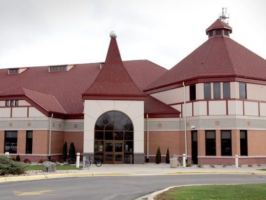 636451289988300337-Germantown-Community-Library.JPG
