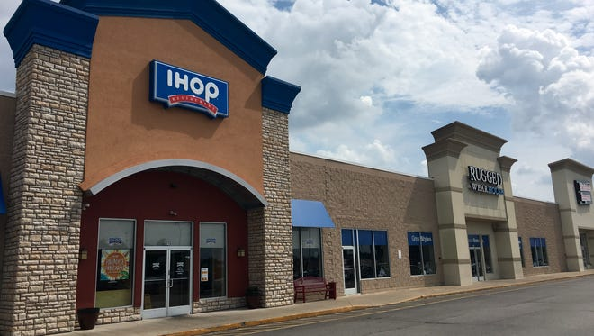 A portion of the Shoppes at Gallatin development, located at 825 A-E Nashville Pike, was sold for $4.85 million on May 13.
