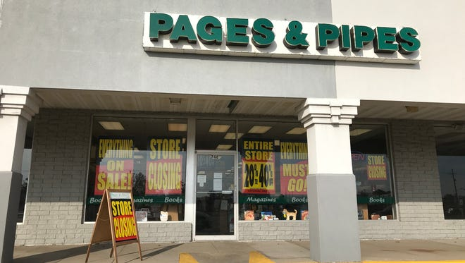 Pages & Pipes in the Northland Mall.