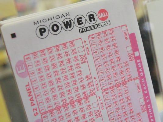 635924186225161573-lotteryfever-061212-kpm-60.jpg