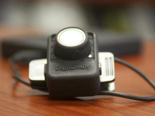 636197424999195244-body-camera.jpg