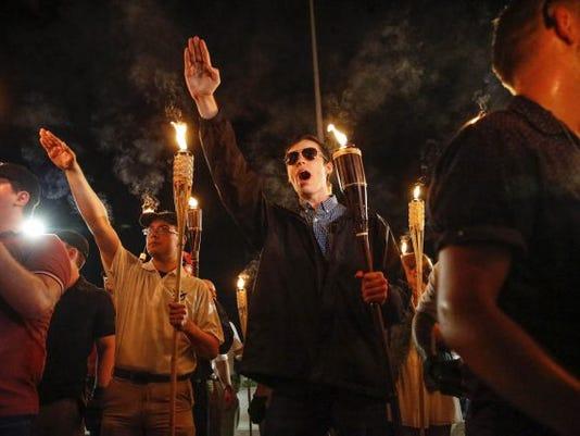 white_nationalist_protest_93016357-e1502561354900.jpg