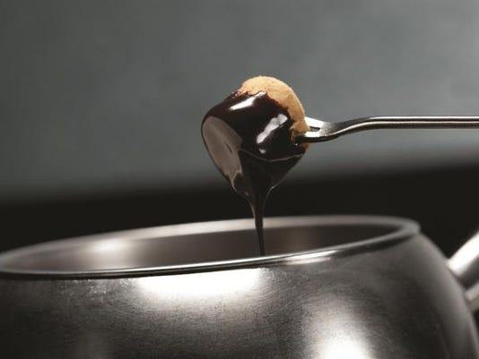 Chocolate-Fondue-Marshmallow.png