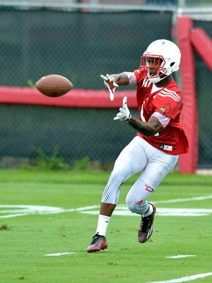 Louisville freshman wide receiver Emonee Spence participates in practice at the Louisville football practice facility in Louisville, Ky., Friday, August 7, 2015. (Timothy D. Easley/Special to the C-J)
