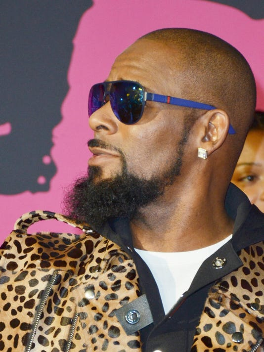 Spotify is removing R. Kelly's music from its playlists
