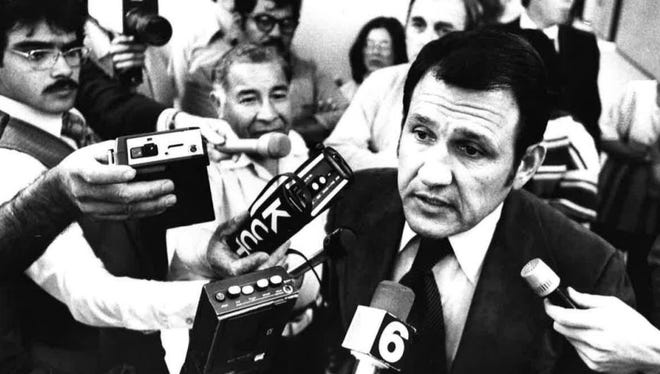 Ronnie Sizemore takes questions from the press in a 1978 Caller-Times photo.