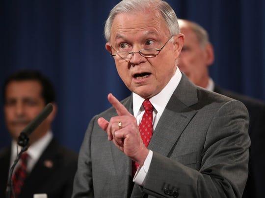 El secretario de Justicia Jeff Sessions ha culpado