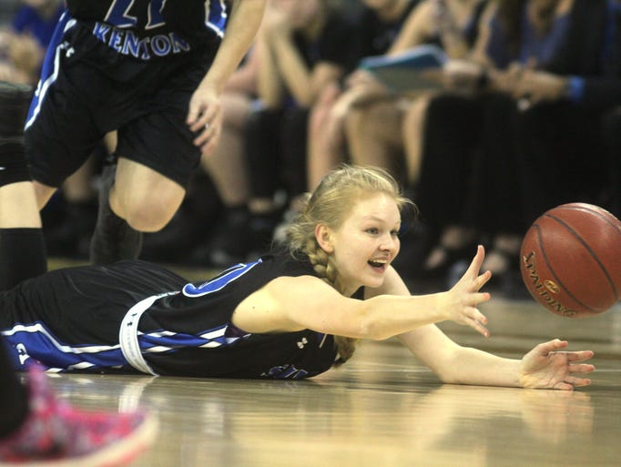 Simon Kenton forward Megan Buckner dives for a loose