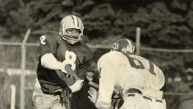Buddy Hardeman earned a hard-won score against Oklahoma State in 1973 for a 28-12 win over the Cowboys.