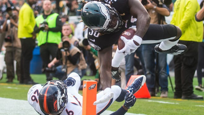 Eagles running back Jay Ajayi (36) scores his first touchdown as an Eagle while playing against the Broncos at Lincoln Financial Field on Sunday, November 5.
