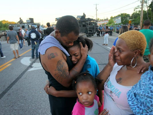CORRECTION APTOPIX Police Shooting Missouri