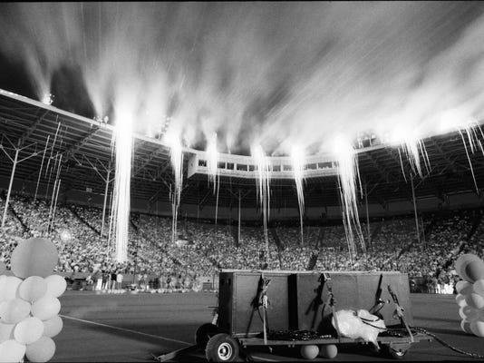 1990 Derby fireworks LS2.jpg