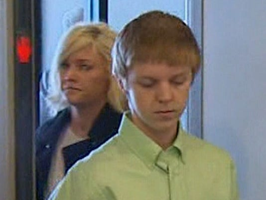 FBI, U S  Marshals join search for 'affluenza' teen