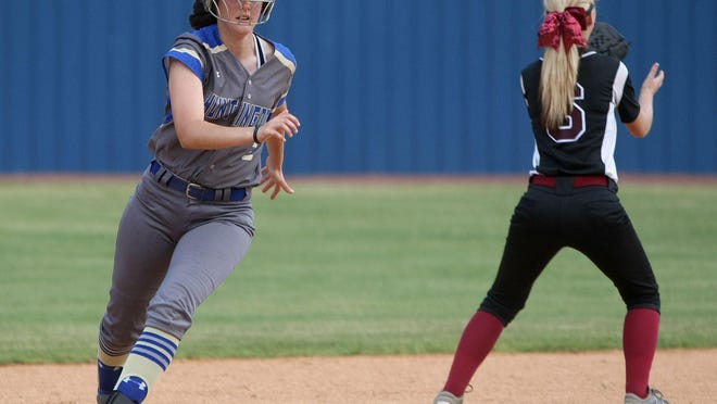 Cheyenne Childress (left) and the Huntingdon Fillies reached the top six of the state.