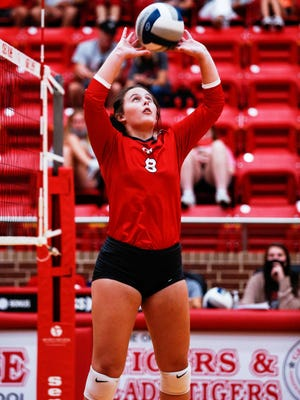 Glen Rose senior setter Emma Lozier led the Lady Tigers with 12 assists in a 3-0 loss to the DasCHE Spartans.