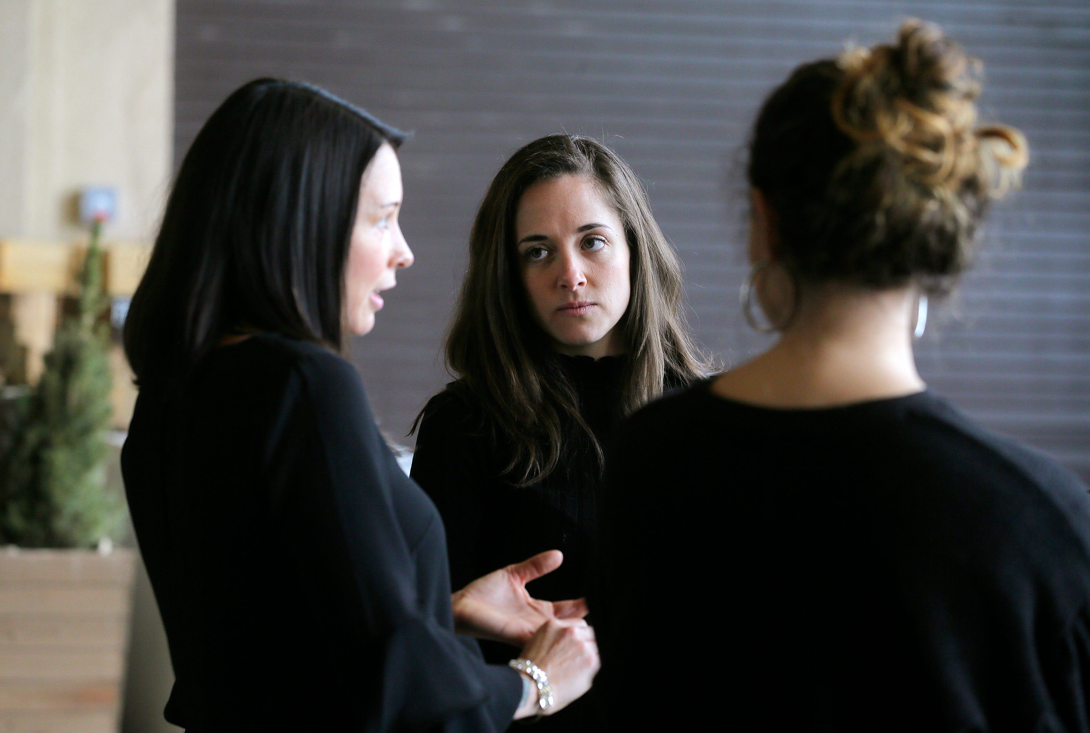 Naive call girl is seduced lesbian executive girlsway
