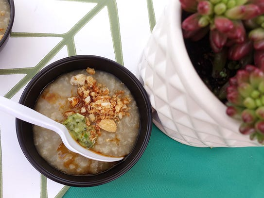 Lobster porridge with Chinese doughnut crumbs and scallion