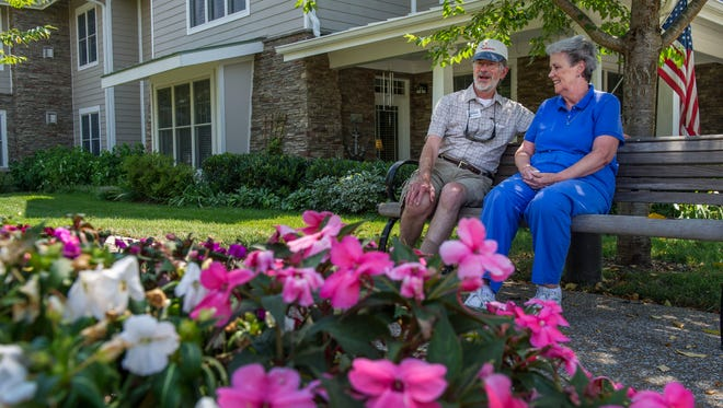 John and Linda Philbrick moved from New York state to be close to their three grandkids, who live in Nolensville. Instead of just buying a house in a subdivision, they moved to The Heritage in Brentwood, where they enjoy conveniences including a dining room, gardens and activities on the grounds.