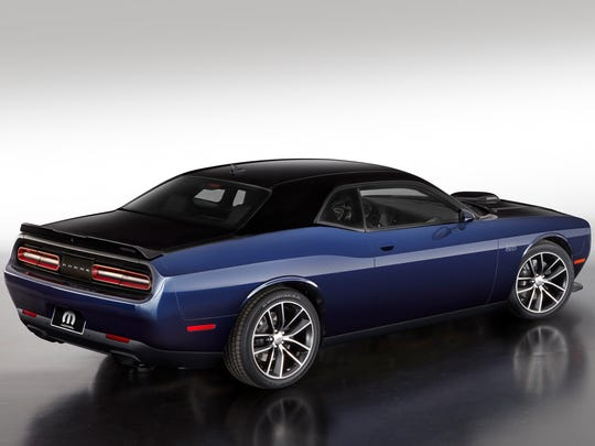 The Mopar '17 Dodge Challenger in Pitch Black and Contusion