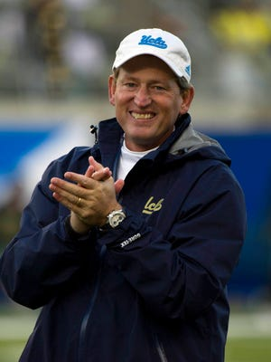 """Former UCLA coach Rick Neuheisel, now with CBS, expects a """"fascinating"""" matchup between Louisville and Auburn on Saturday."""