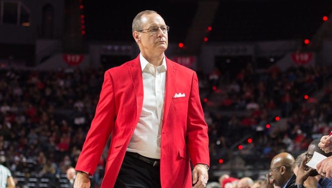 UL coach Bob Marlin walked his way to career win No. 500 on Thursday night at Troy. His Ragin' Cajuns can win at outright Sun Belt title with a victory Saturday night at South Alabama.