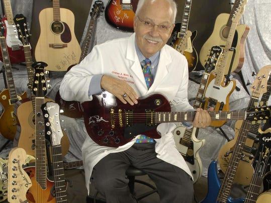 stars guitarsmain horz 7