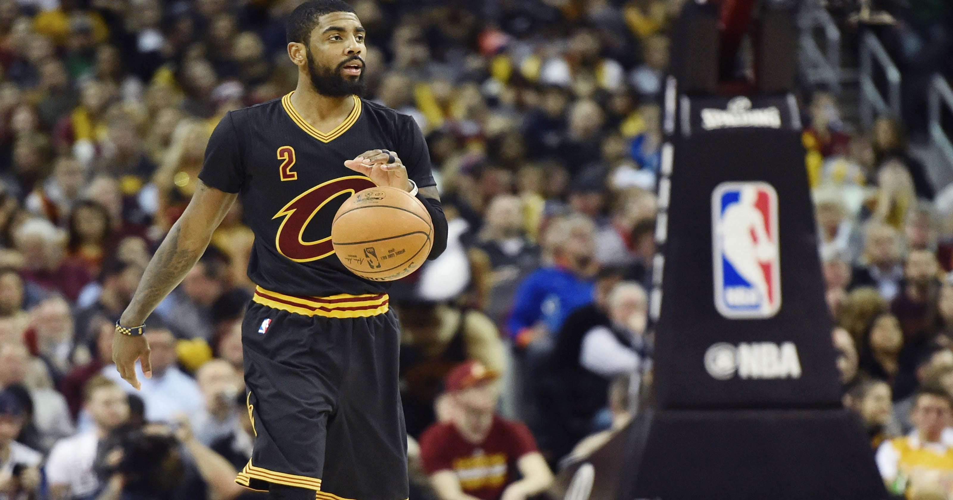 9911381678f8 Kyrie Irving