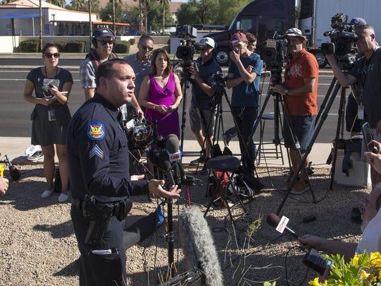 El sargento de la Policía de Phoenix, Vince Lewis,