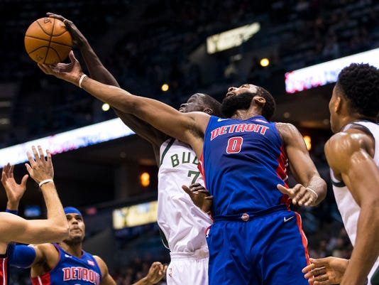 NBA: Detroit Pistons at Milwaukee Bucks