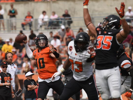 Oregon State Beavers quarterback Darell Garretson (10) throws the ball against the defense during the spring game at Reser Stadium on Saturday, April 16, 2016. Godofredo Vasquez, Gazette-Times