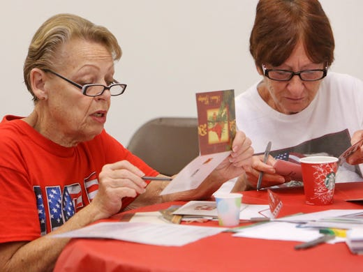 christmas cards serve as sign of support for troops