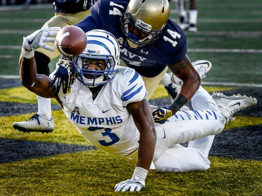 University of Memphis receiver Anthony Miller (bottom)