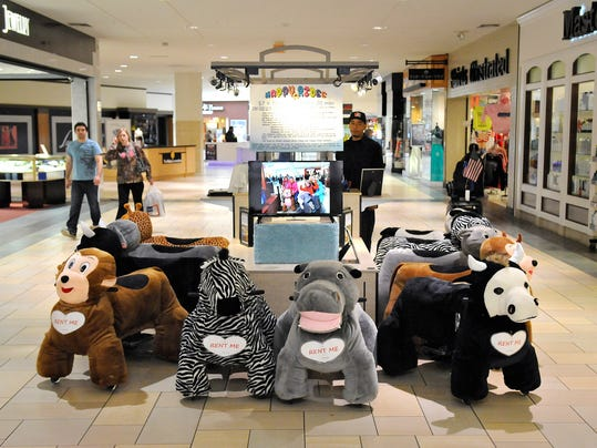 There's a new, furry way to get around the mall